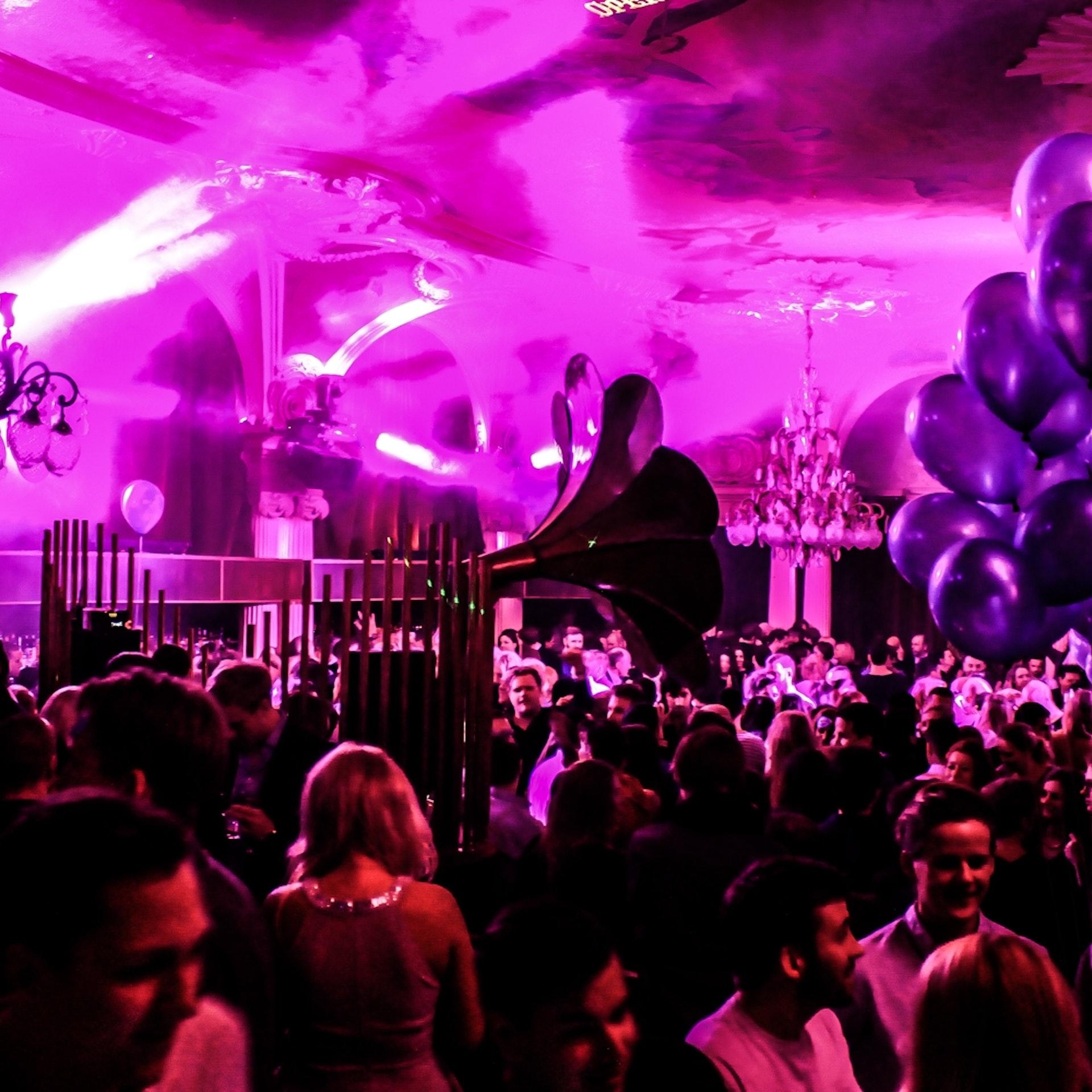 Nightclub in Stockholm | Café Opera